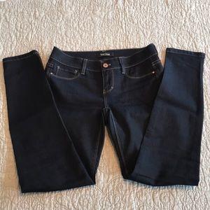 WHBM noir skinny leg stretch blue jeans EUC